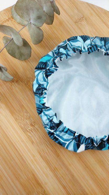 Charlotte motif bleu paon fleur intérieur