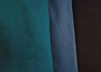 tissus au choix pour les chaussons souples By Aeni : bleu canard, bleu marine ou noir