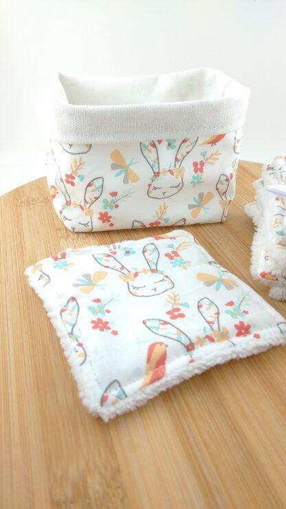 Lingettes et panière lapins détail